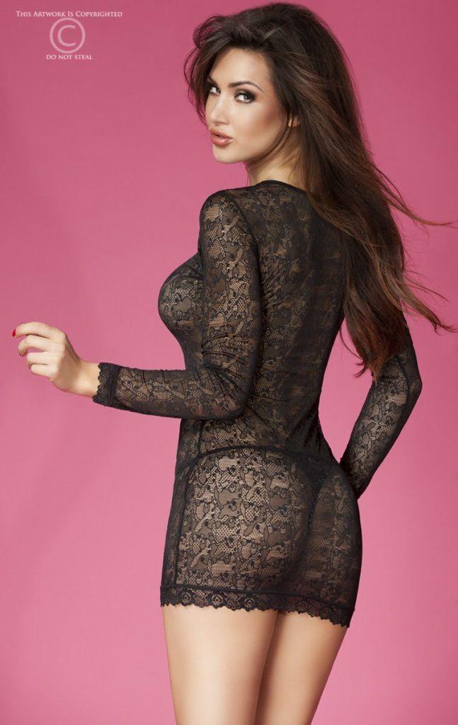 Соблазнительное платье из кружева с длинным рукавом
