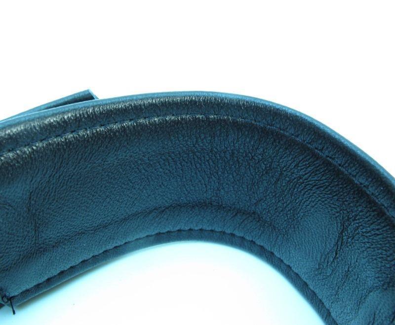 Набор БДСМ-аксессуаров из гладкой кожи: ошейник, наручники и оковы