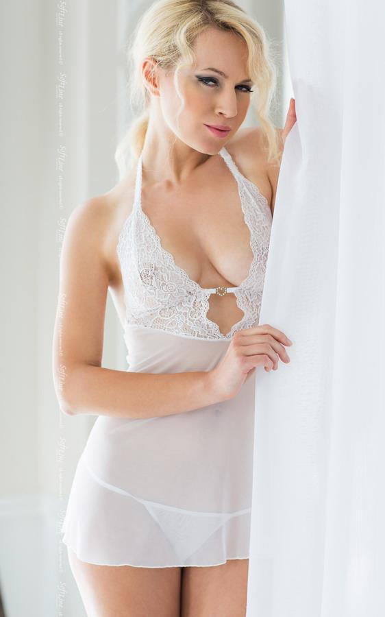 Прозрачная сорочка Holly с перемычкой-сердечком из страз