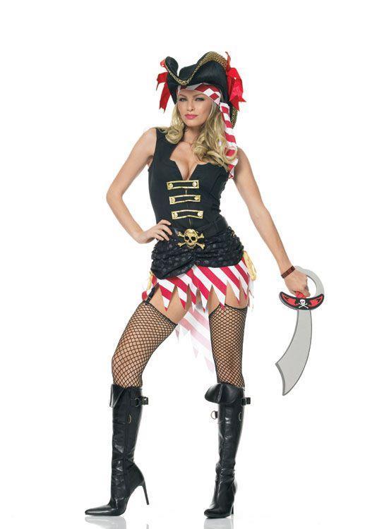 Костюм строгой пиратки