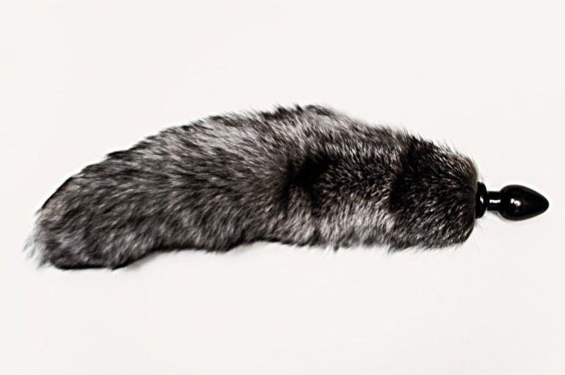 Черная анальная пробка с серым лисьим хвостом