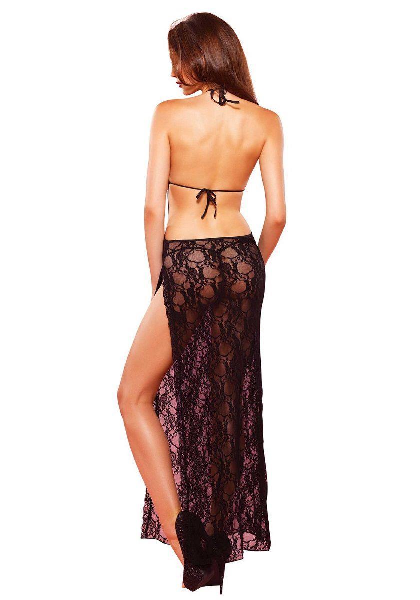 Очаровательное платье с открытой спиной
