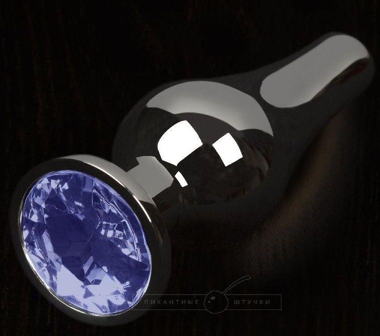 Графитовая удлиненная анальная пробка с синим кристаллом - 8,5 см.