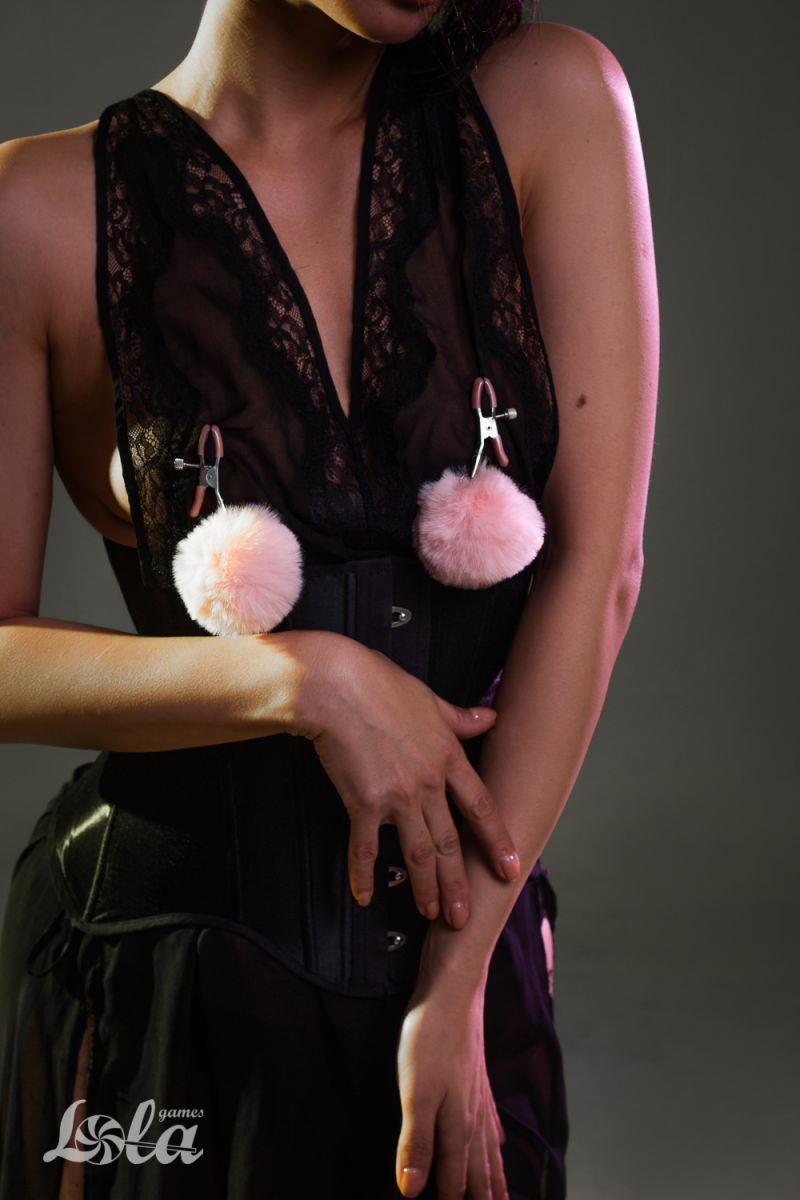 Зажимы на соски Angelic с розовыми меховыми шариками