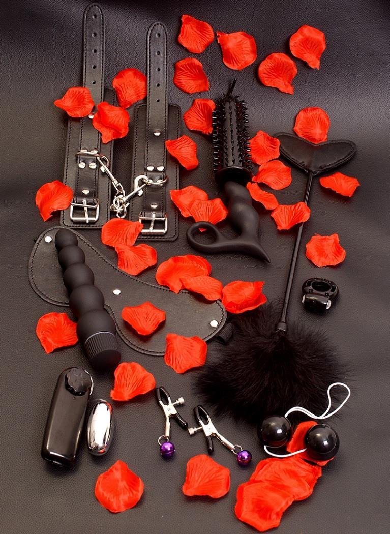 Набор чёрных вибраторов AMAZING PLEASURE SEX TOY KIT (10 предметов)