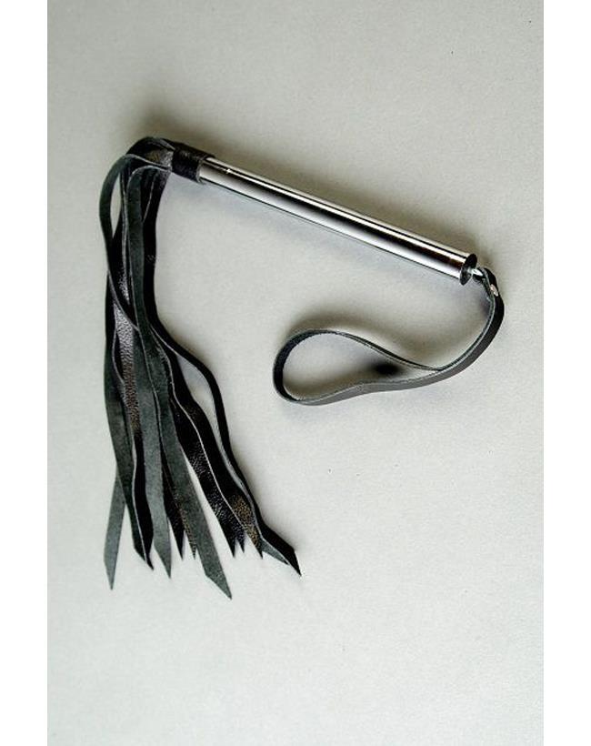 Флогер с металлической ручкой (68 см)