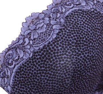 Комплект женского белья из принтованной микрофибры и кружева