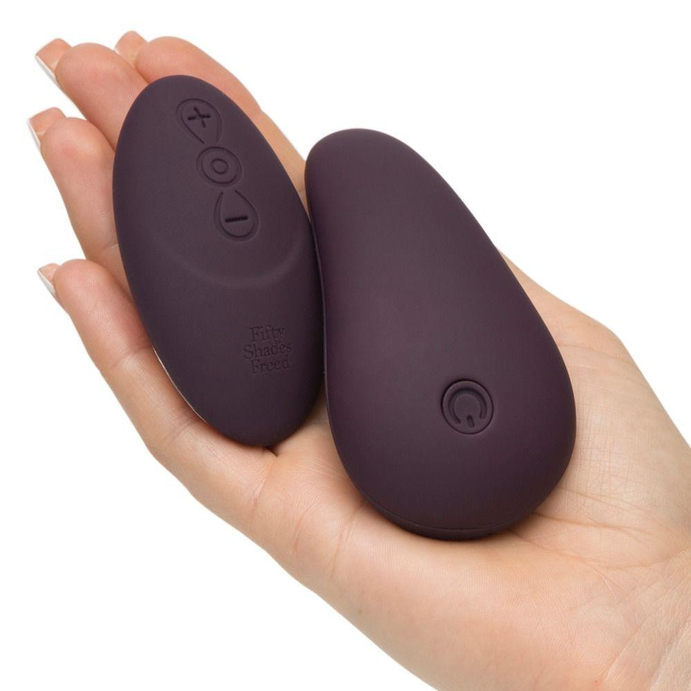 Клиторальный стимулятор My Body Blooms Rechargeable Knicker Vibrator with Remote
