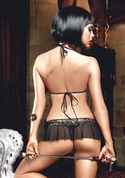 Эротичный комплект белья с пикантной широкой рюшей на трусиках