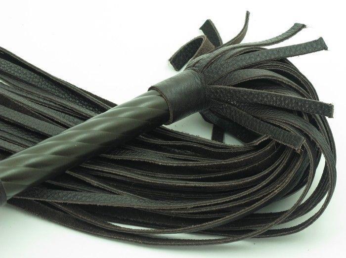 Коричневая плеть-скипетр - 62,5 см.